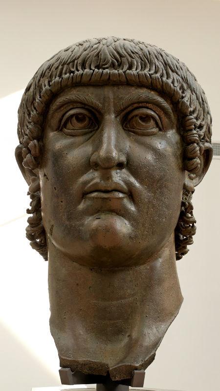 Tête de l'empereur Constantin