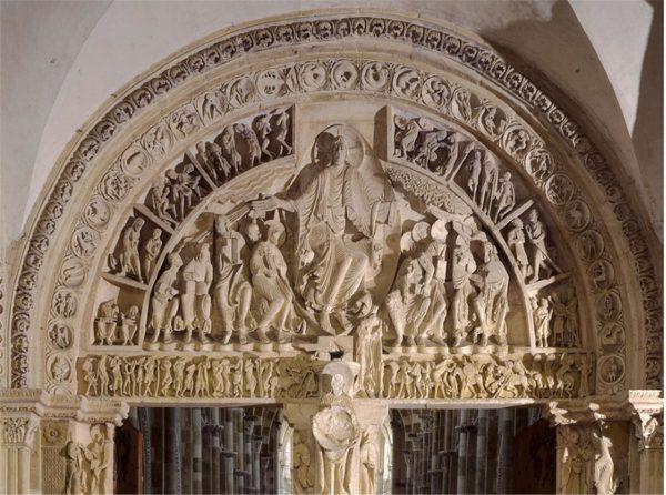 Tympan roman du portail central de l'abbatiale de Vézelay